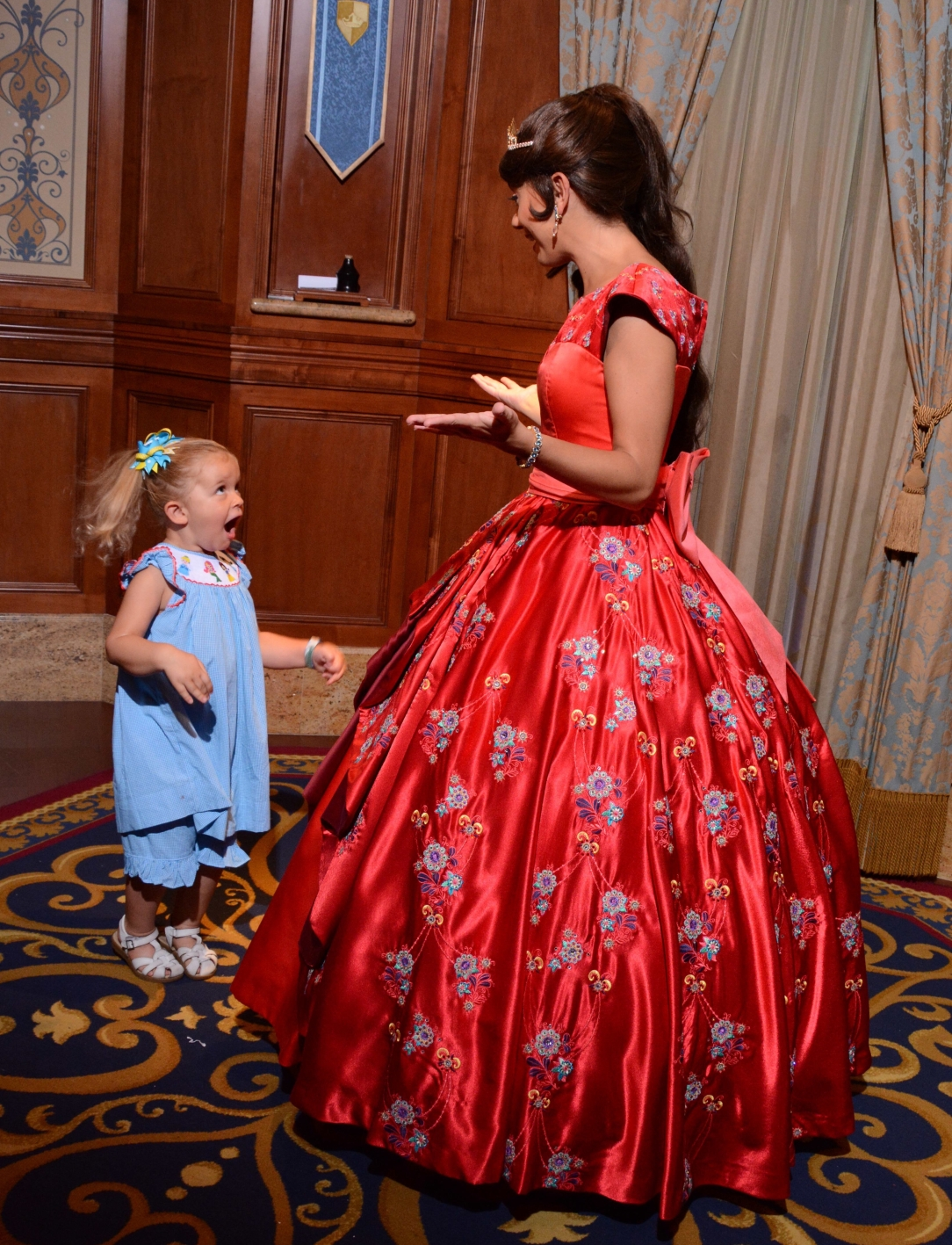 Everything To Know About Character Meet And Greets At Disney World
